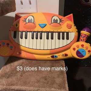 Cat Piano for Sale in Moseley, VA