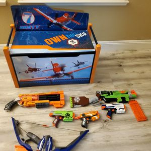 Nerf Guns And Planes Toy Chest (31Wx26Hx16D) for Sale in Sacramento, CA