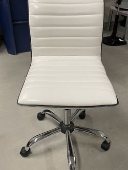 Small Office Chair for Sale in Bothell,  WA