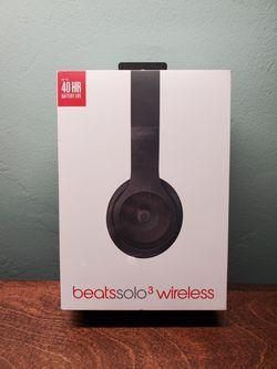 Beats Solo 3 Wireless for Sale in Coronado,  CA