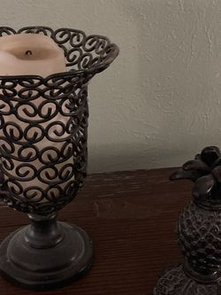 Candleholders, Bookend, Wall Shelves, Photobox, Topiaries for Sale in Hurst,  TX