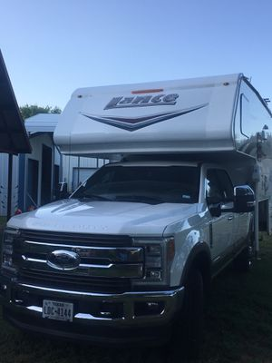 2018 Lance Cabover camper, with slide for Sale in Burleson, TX