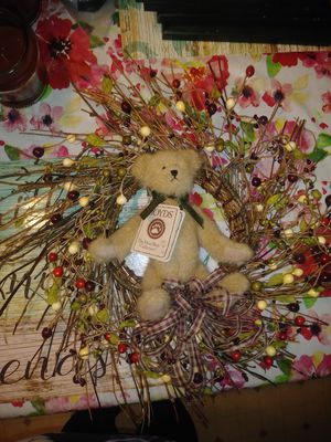 Boyds Bear berry wreath for Sale, used for sale  Huber Heights, OH