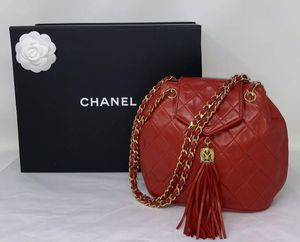 CHANEL RED QUILTED BAG for Sale in Corona, CA