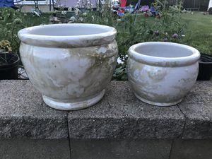 Two matching flower pots for Sale in Columbus, OH