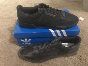Adidas Yeezy Calabasas Powerphase Size 14 for Sale in Gilbert, AZ