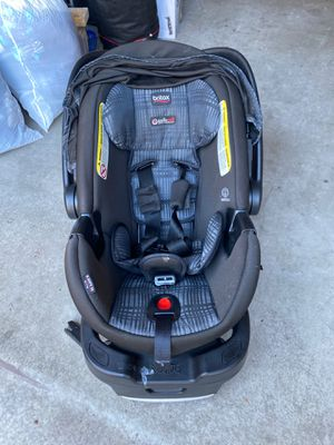 Britax B Safe 35 Infant Car seat and base for Sale in San Diego, CA