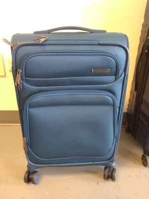 Samsonite 20 Inc carry-on for Sale in Greensboro, NC