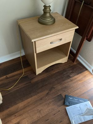Night stand for Sale in Wichita, KS