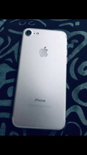 Factory unlocked iPhone 7 for Sale in Dallas, TX