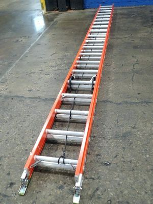 40ft Werner FiberGlass Extension Ladder new 350$ for Sale in Houston, TX