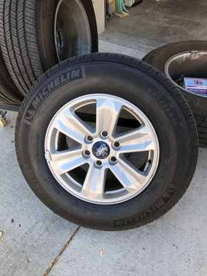 """2019 F-150 17"""" rims and tires for Sale in Wildomar, CA"""