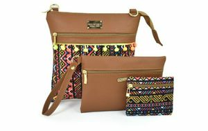 Crossbody purse for Sale in San Bernardino, CA