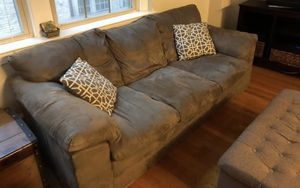 Free comfy couch for Sale in Bethesda, MD