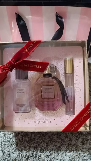 VS Bombshell perfume for Sale in Schaumburg, IL