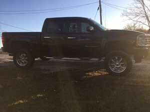 2011 Chevy Silverado for Sale in Marietta, OH