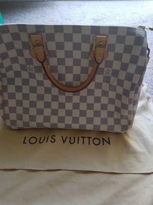 Authentic Louis Vuitton speedy 30 damier azur for Sale in Chula Vista, CA