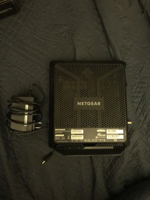 Netgear 70 cable modem router for Sale in Jeffersonville, IN