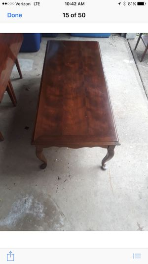 Antique coffee table for Sale in Evesham Township, NJ