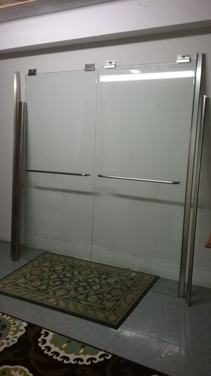 Modern real glass shower door for bath tub for Sale in Chicago, IL