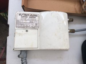 Instant under sink mount water heater for Sale in Cleveland, OH