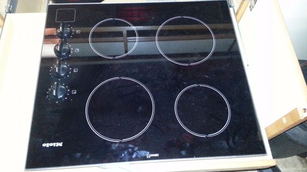 Brand new never used Miele 30 inch induction stove