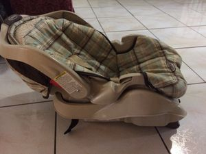 Baby car seat system for Sale in Hialeah, FL