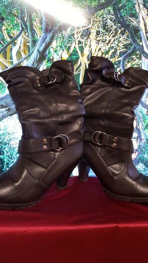 AUTHENTIC leather boots by ALDO, black leather. Very light and comfortable to wear. Beautiful leather. Excellent condition. Size 7. for Sale in Covington, KY
