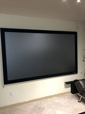 98 inch screen with Edson lcd projector model h475a like new for Sale in Kent, WA