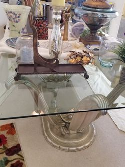 Dining Table and 6 Chairs for Sale in Hudson,  FL