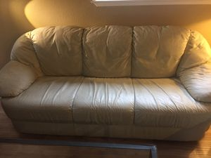 Cream (off-White ) Leather couch for Sale in Kent, WA