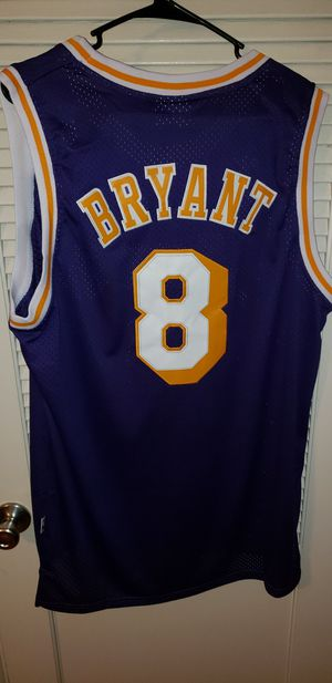 Men's XL Kobe Bryant Los Angeles Lakers Jersey New with Tags Stiched Adidas $45. Pick up in West Covina. Ships +$3. for Sale in La Puente, CA