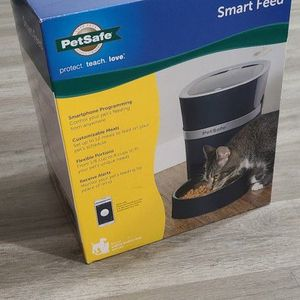 PetSafe Smart Feed Automatic Dog and Cat Feeder - 2nd Generation for Sale in Miami, FL