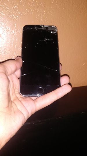 iPhone 6s (For Parts) for Sale in Apple Valley, CA