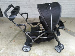 Graco roomFor2 stand and ride classic stroller for Sale in Nashville, TN