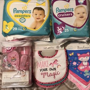 Baby Girl Baby Bundle for Sale in Philadelphia, PA