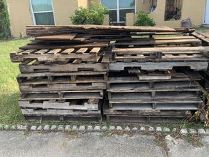 Free Pallets! for Sale in Port Richey, FL