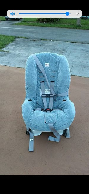 Car seat for Sale in Pembroke Pines, FL
