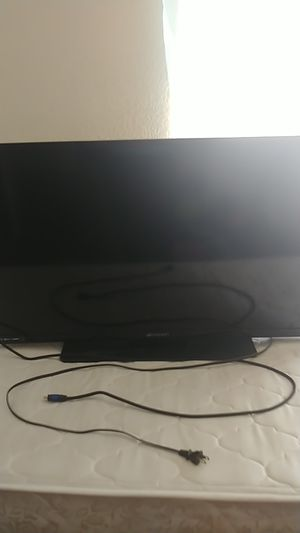 """40"""" Inch Emerson Tv for Sale in Salinas, CA"""
