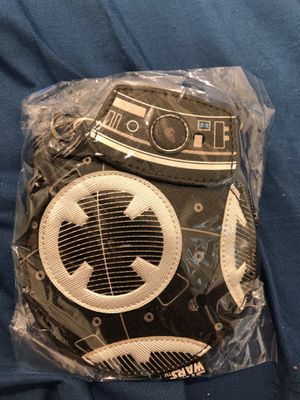 Loungefly Droid coin purse/Card Holder (Star Wars) for Sale in Pico Rivera, CA