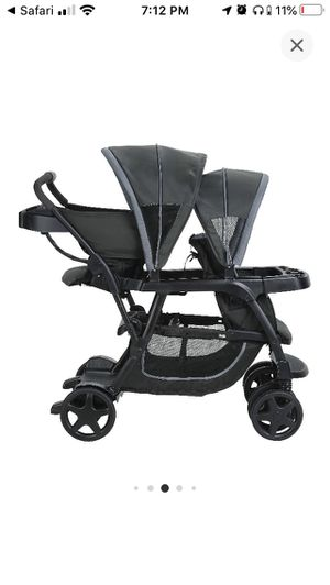 Graco Double Stroller sit and stand for Sale in Fresno, CA