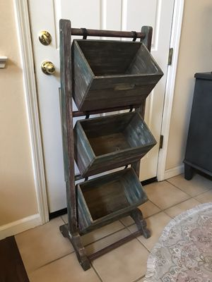 Kirkland's wood shelf basket for Sale in Modesto, CA