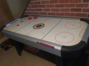 Air hockey table for Sale in Chelmsford, MA