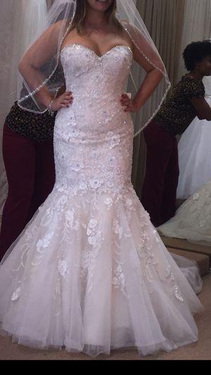 Mermaid wedding dress for Sale in Hialeah, FL