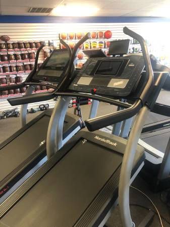 2020 NordicTrack Commercial X11i Incline Trainer w/40% Incline and 6% Decline