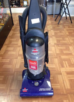 Bissel 1240 vacuum for Sale in Pompano Beach, FL