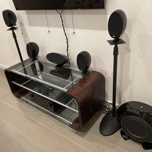KEF KHT-3005SE Audiophile 5.1 System With Stands for Sale in Seattle, WA