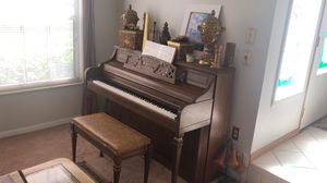 Piano 🎹 for Sale in Tampa, FL