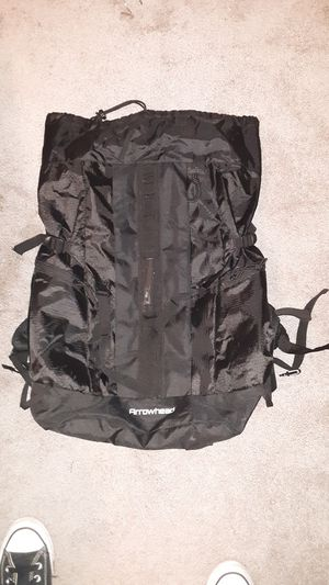 Arrowhead hiking back pack for Sale in San Tan Valley, AZ