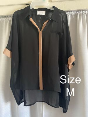 Blouse Size M for Sale in Whittier, CA